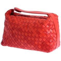"Preowned Bottega Veneta Red ""intrecciato"" Nappa Woven Leather Make-up... ($591) ❤ liked on Polyvore featuring bags, handbags, clutches, red, top handle bags, snap purse, top handle handbags, red clutches and woven purse"