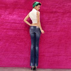 Women's skinny Jeans.