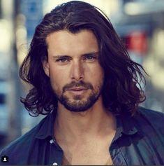 Hombres sexys con pelo largo