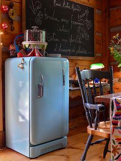 I love the blue fridge.