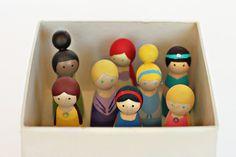 Princess peg dolls for Box o'Princesses