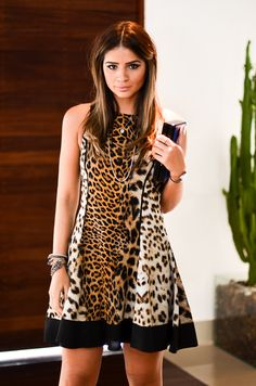 ThassiaNaves_porRhaiffeOrtiz-8 Animal Print Outfits, Animal Print Fashion, Fashion Prints, Leopard Fashion, Vogue Fashion, Look Chic, Casual Chic, Casual Looks, Ideias Fashion
