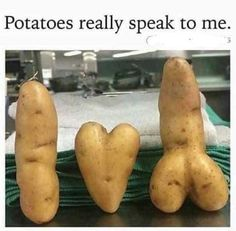 25 Filthy Sex Memes Anyone Obsessed With Sex Needs To See… Funny Vegetables, Fruits And Vegetables, Veggies, Funny Pix, Funny Pictures, Funny Jokes, Funny Illusions, Funny Fruit, Funny Food