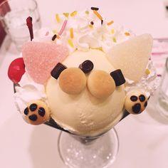 dessert at maidreamin cafe.