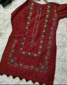 Baggy Dresses, Brooch, Jewelry, Fashion, Moda, Jewlery, Jewerly, Fashion Styles, Brooches