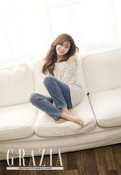 APINK's Eunji Poses for Grazia Magazine | Koogle TV