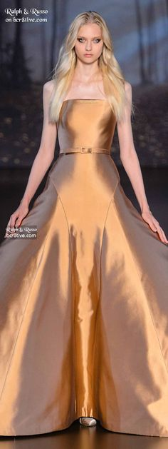 Ralph & Russo Haute Couture Fall 2015-16 gold runway gown model // Pinned by Dauphine Magazine x Castlefield - Curated by Castlefield Bridal & Branding Atelier and delivering the ultimate experience for the haute couture connoisseur! Visit www.dauphinemagazine.com, @dauphinemagazine on Instagram, and @dauphinemag on Pinterest • Visit Castlefield: www.castlefield.co and @ castlefieldco on Instagram / Luxury, fashion, weddings, bridal style, décor, travel, art, design, jewelry, photography…