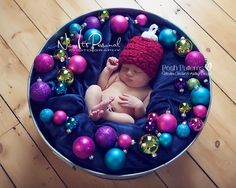 Holiday Christmas Ornament Hat crochet pattern.