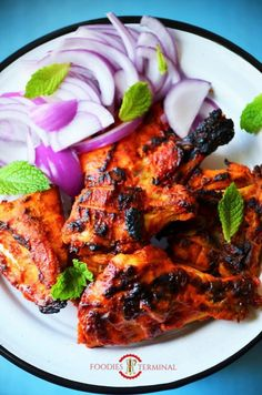 Chicken Tandoori in Oven. - - Learn how to make the best Tandoori Chicken in the oven. It has the best tandoor flavors without a clay tandoor oven and is soft, juicy and utterly delicious. Tandoori Chicken Marinade, Tandoori Recipes, Authentic Tandoori Chicken Recipe, Chicken Marinate, Slow Cooking, Cooking Recipes, Cooking Games, Cooking Rice, Cucina