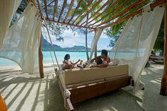 The InterContinental Bora Bora Resort & Thalasso Spa - via www.themilliardaire.co