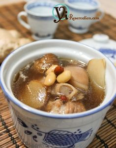 Winter Skin Savior – Chestnut with Pork Feet Soup (黃豆栗子豬手湯) | Yi Reservation
