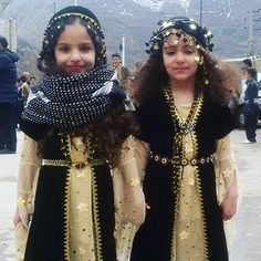Pretty Kurdish Girls from Iran in traditional Costumes.