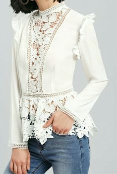 White blouse with lace insets, peplum Blouse Models, Mexican Dresses, Shirt Refashion, Lace Inset, Beautiful Blouses, Classic Outfits, Cotton Blouses, Lace Tops, Ladies Dress Design