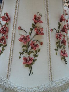 ribbon embroidery detail / I'd love this shade for one of my lamps....just gorgeous !