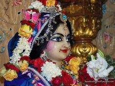 http://harekrishnawallpapers.com/sri-radha-close-up-iskcon-delhi-wallpaper-018/