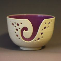 Yarn Bowl / Knitting Bowl / Crochet Bowl / by andersenpottery, $29.00  Maybe with a Blue inside (or red)