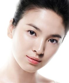 Song Hye Kyo Image -Want youthful rejuvenated skin? Anti-aging stem cells may be your solution! Beauty Ad, Beauty Shots, Beauty Make Up, Korean Makeup, Korean Beauty, Asian Beauty, Natural Beauty, Glass Skin, Bare Face