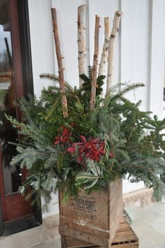 Image from http://madisonhousedesigns.com/wp-content/uploads/2011/07/Christmas-Projects-049-e1324469282519.jpg.