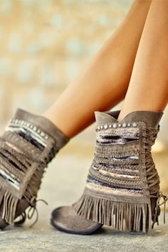 NAUGHTY MONKEY Poncho Booties - Taupe