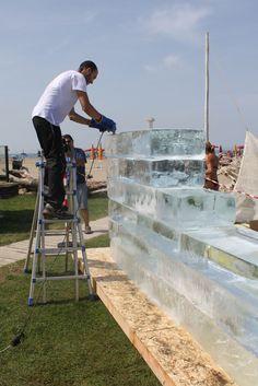 Si lavora il ghiaccio per l'ultimo piano