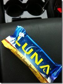 Peanut Honey Pretzel Luna Bar