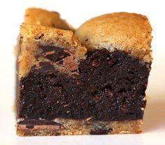 בראוניז טבעוני עם עוגיות שוקולד צ'יפ