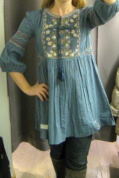 Mode: Tuniek / Jurk met mouwen *Tunic / Dress with sleeves