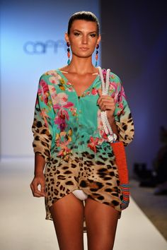 Caffé-Swimwear-Spring-Summer-2014-Collection_37 Yes, always, to colour on the beach!!!