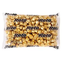 Gold Milk Chocolate Rolo Caramels are individually wrapped in gold foil. Your candy buffet will look golden with bowls of gold Rolos! Rolo Chocolate, Gluten Free Chocolate, Candy Favors, Bulk Candy, Gold Candy Buffet, Candy Buffet Supplies, Rolo Pretzels, Gold Milk, Caramel Candy