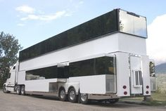 This would be the type of bus CJ McGarray would drive. Here, the roof and sides are fully extended