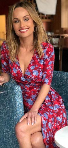 Who made Giada De Laurentiis' red floral wrap dress?You can find Giada de laurentiis and more on our website.Who made Giada De Laurentiis' red floral wrap dress? Giada De Laurentiis, Sexy Outfits, Giada At Home, Selena Gomez, Bollywood, Jolie Lingerie, Wrap Dress Floral, Le Jolie, Foto Pose