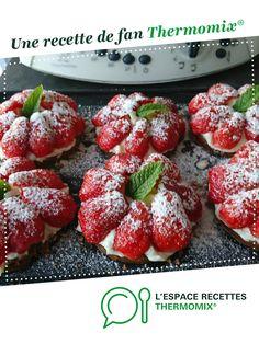 Tarte aux fraises/spéculos sans pâte par Mokybody. Une recette de fan à retrouver dans la catégorie Desserts & Confiseries sur www.espace-recettes.fr, de Thermomix<sup>®</sup>. Raspberry, Strawberry, Thermomix Desserts, Omelette, Biscuits, Deserts, Food And Drink, Sweets, Thumbnail Image