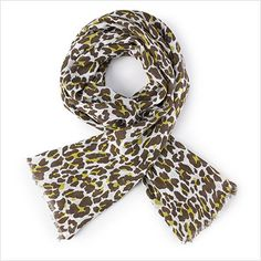 10 Things Every Woman Must Own - Leopard Print Scarf