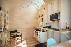 Architect builds his own studio at the end of Toronto garden