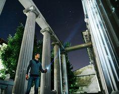 Совсем забыл про этот приключенческий кадр, который мы недавно засняли на заднем дворе научной библиотеки ЮФУ. Лёха @buzofficialexey в главной роли расхитителя библиотек.  ________________________________________________ #nightimages #night #street #light #lightpainting #nightcity #streets_vision #streets_vision5k #meistershots⠀;;#illgrammers #WindyCitySpinners #tubestories #spingodz #lightjunkies #gramslayers #igpodium_night #creativeunleashed #eclectic_shotz #alphahype #ourmoodydays…