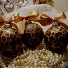 Modge podge & tissue paper Christmas ornaments. So cute!.