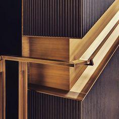 "409 curtidas, 12 comentários - Kiko Salomão Arquitetura (@kikosalomaoarq) no Instagram: ""Handrail - we love any type of architecure…"""