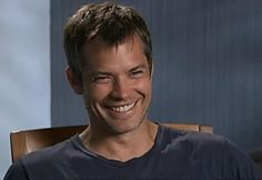 Timothy Olyphant's smile makes me happy... He's such a handsome guy!