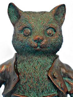 Bronze Effect Tom Kitten Beatrix Potter Figurine by TheOldCatHouse