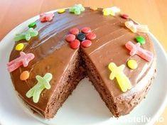 Barnas sjokoladekake | Det søte liv Fries, Food And Drink, Barn, Pudding, Scandinavian, Favorite Recipes, Treats, Sweet, Chocolate Cakes