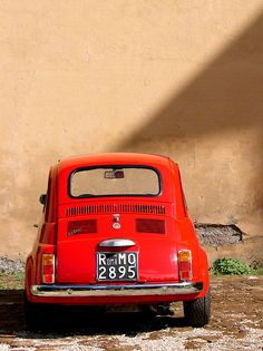 little red car by Lucy Crosbie on Flickr. ©Lucy Crosbie 2006 Some Rights Reserved License: CC BY-NC-ND 2.0