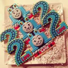 Thomas the Train Birthday Cookies - love the number (Cookie Couture) Thomas Birthday Parties, Thomas The Train Birthday Party, Trains Birthday Party, Train Party, Toy Story Birthday, Mickey Mouse Birthday, Boy Birthday, Birthday Ideas, Winter Birthday