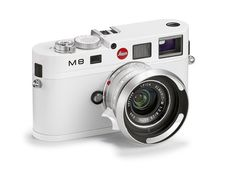 Leica is releasing a special edition all-white camera, and very few will be produced — and the price is still unknown. Leica Camera, Rangefinder Camera, Camera Gear, Film Camera, Leica Appareil Photo, Foto Fun, White Camera, Photo Deco, Design Industrial