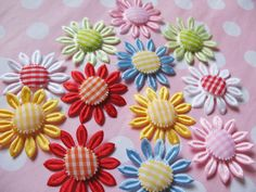 cute gingham flowers!!