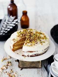Kurpitsakakku | K-Ruoka #kurpitsa Piece Of Cakes, Tiramisu, Baking, Breakfast, Food Food, Ethnic Recipes, Sweet, Desserts, Death