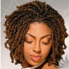 """Among African hairstyles, kinky twists are some of the most beloved in the community. Generally, this style is recommended for girls and women with curly or """"kinky"""" hair, hence the name. Twist Braid Hairstyles, African Braids Hairstyles, My Hairstyle, Twist Braids, Black Hairstyles, Protective Hairstyles, Hair Twists, Short Crochet Braids Hairstyles, Protective Styles"""