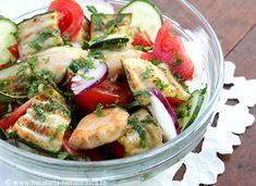 Salata de dovlecei cu pui Romanian Food, Fresh Rolls, Cobb Salad, Salad Recipes, Potato Salad, Potatoes, Ethnic Recipes, Potato