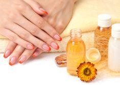 Узнайте какое питательное масло для ногтей и кутикулы лучше! Читайте наши рекомендации по выбору укрепляющего масло для роста ногтей и ухода за ногтями. #ногти #маникюр #маслодляногтей