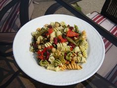 Three Bean and Pasta Salad  LUNCHBOX??  1 12-oz package of tri-color rotini Barilla pasta  1 15-oz can of cut green beans  1 15-oz can of chick peas  1 15-oz can of dark red kidney beans  1 10-oz package of frozen spinach   1/3 of a 32 oz jar of Sweet red peppers with liquid