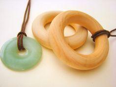 Gift Set: New Mother Nursing Necklace Set...want someday!!